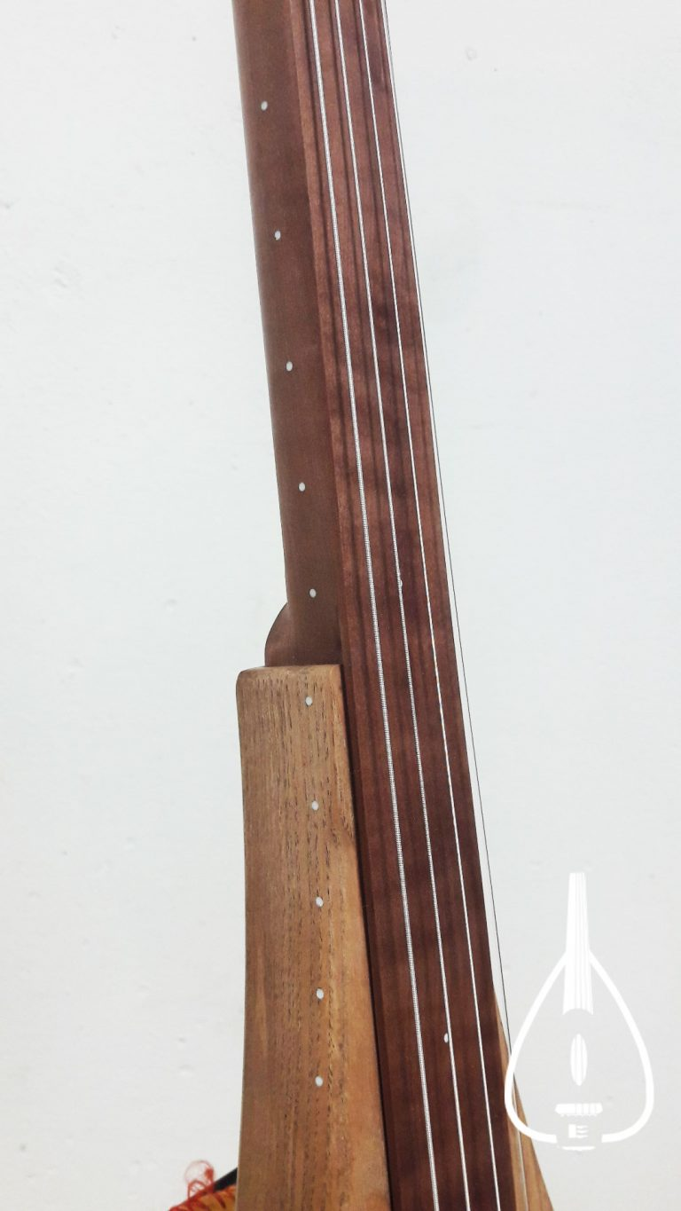 Electric loutar sbd - olive ash neck
