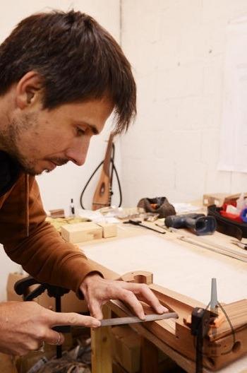 عود عربي Sylvain BD Luthier عود كهربائي